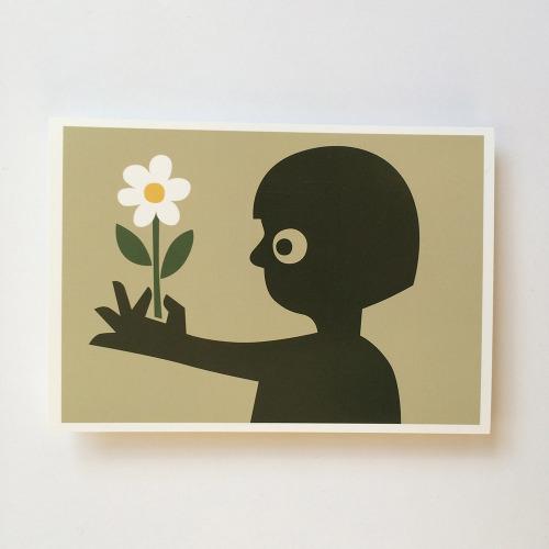 Briefkaart_kind_meisje_bloem