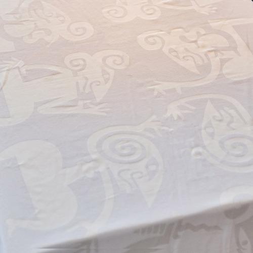 Tafelkleed_Wayang_wit_tafel4_1000